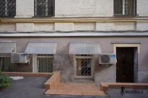 Bulvarno-Kudriavska St, 8А (Vorovsky, 8А)